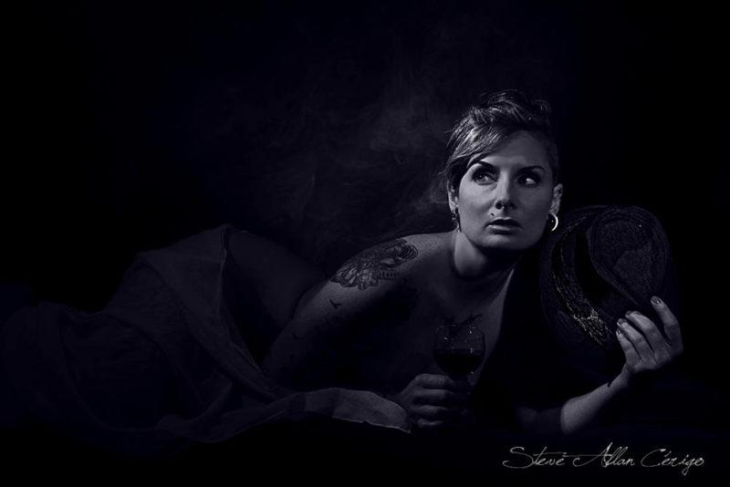 Shooting Aude-Book-Photographe professionnel- Mariage- Studio- cérémonie religieuse- evenementiel- banquet- sport-Soizic-Steve Allan Cerigo – Photographe Artistique-Scoophoto - Photographe de mariages- portraits- reportages- studio- France- Charente Maritime- Royan- Saintes- La Rochelle- Cognac- Grandjean-Saint Jean d'Angely- 17- Poitou Charentes-Le Bouquet de Soizic