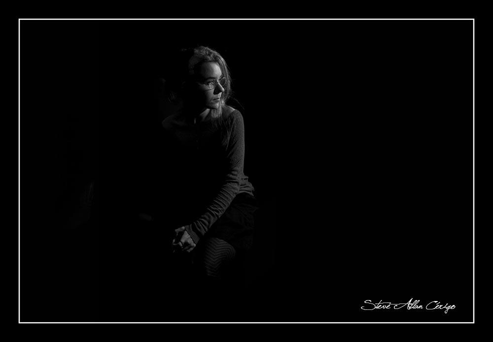 photographe saintes-Shooting Lola-Book-Photographe professionnel- Mariage- Studio- cérémonie religieuse- evenementiel- banquet- sport-Soizic-Steve Allan Cerigo – Photographe Artistique-Scoophoto - Photographe de mariages- portraits- reportages- studio- France- Charente Maritime- Royan- Saintes- La Rochelle- Cognac- Grandjean-Saint Jean d'Angely- 17- Poitou Charentes-Le Bouquet de Soizic
